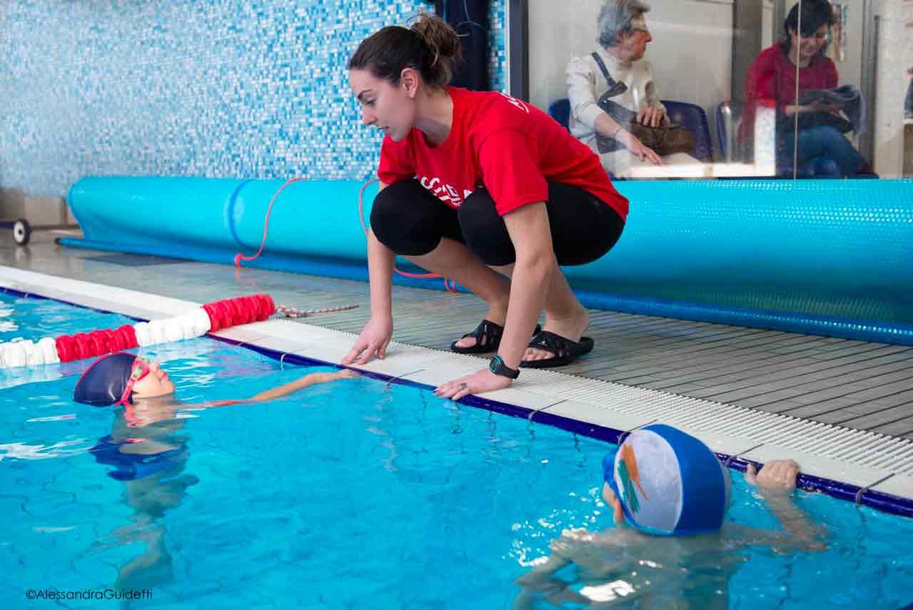 corso di nuoto per bambini milano