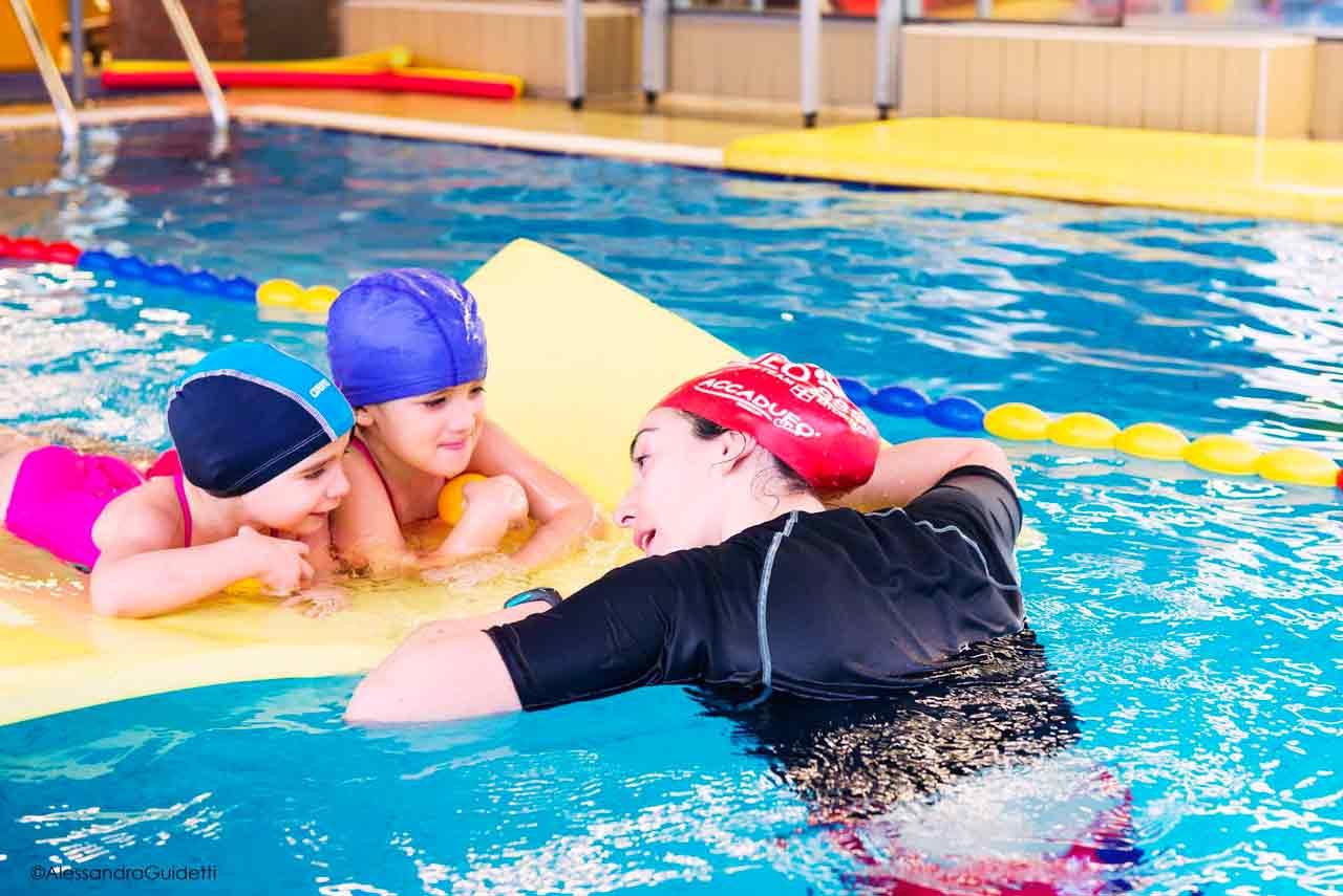 corso nuoto per bambini milano