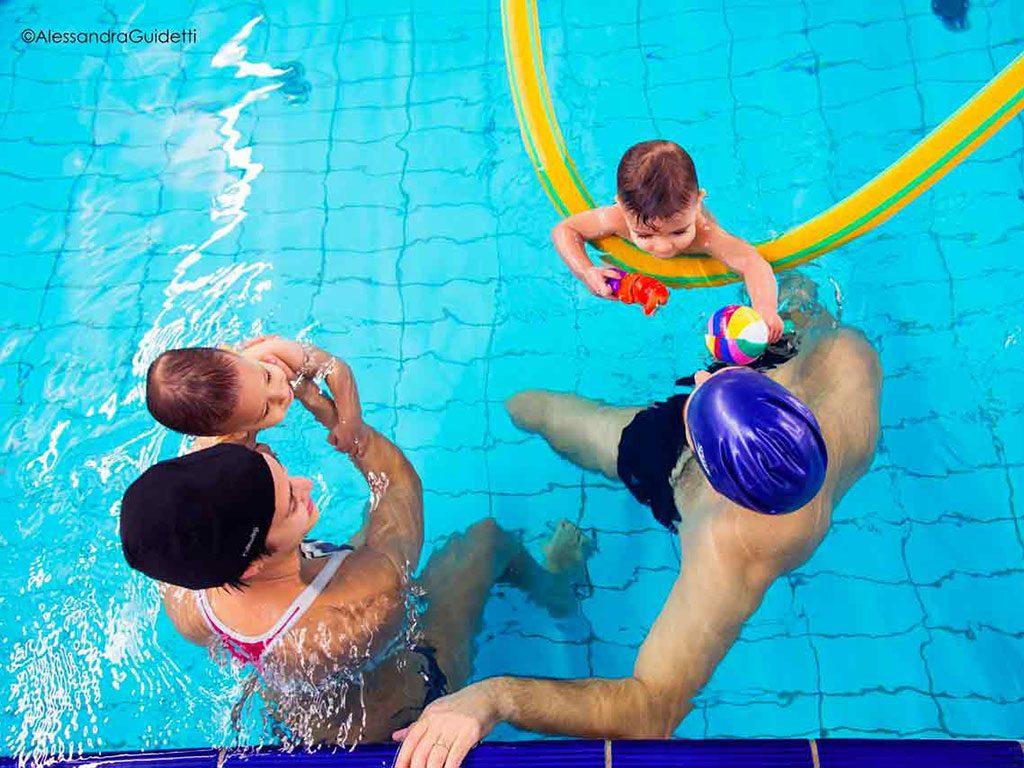 corso nuoto neonatale milano accadueo