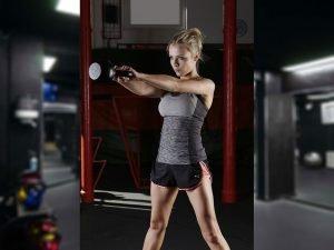 allenamento funzionale esercizi kettlebell